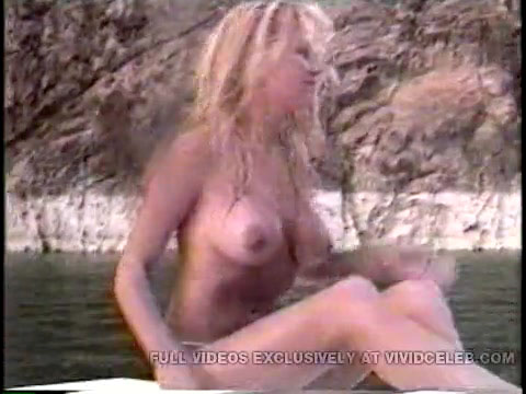 Shower cams of naked moms